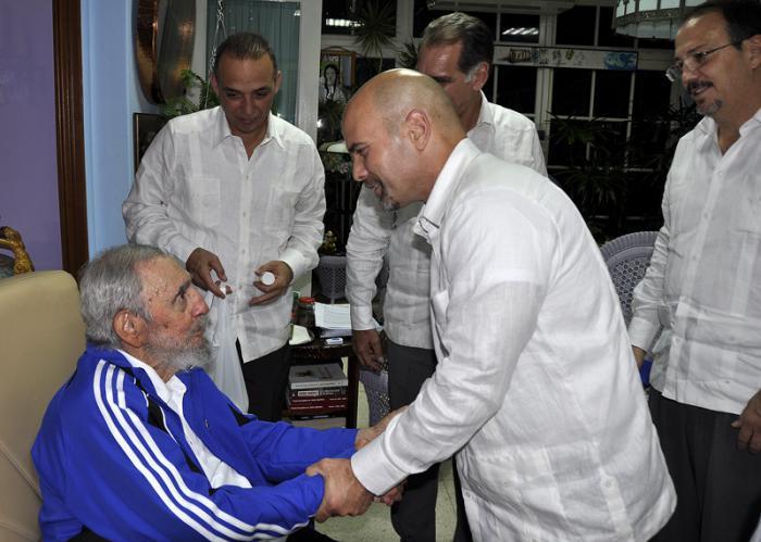 Fidel trifft die Fünf