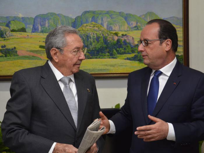 Raul Castro und Francois Hollande
