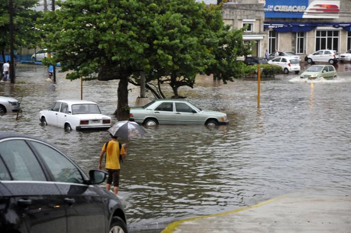 Naturkatastrophen bewältigen