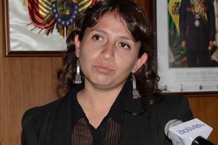 Bolivianische Gesundheitsministerin Arianna Campero