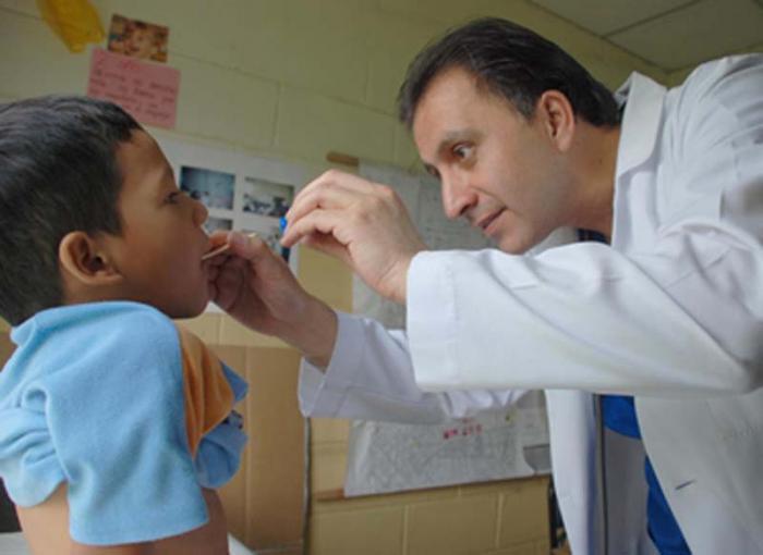 kubanische Ärzte in Ecuasor