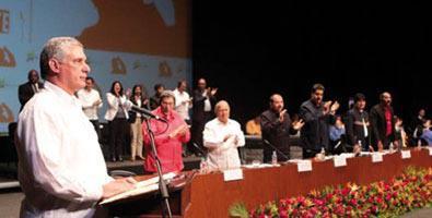 Miguel Díaz-Canel Bermúdez auf der Gedenkveranstaltung zum III. Jahrestag des Ablebens von Hugo Chávez