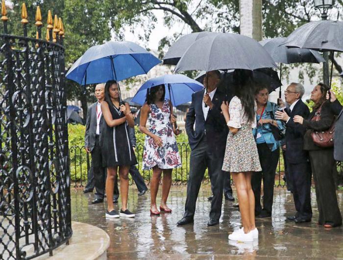 Plaza de Armas empfängt Präsident Barack Obama