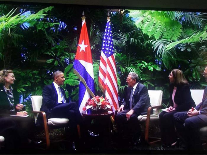 Raúl empfängt Präsident Obama im Revolutionspalast