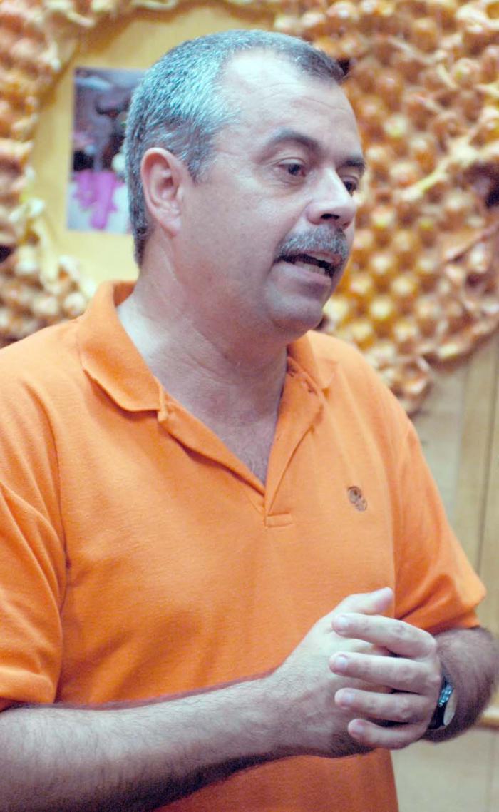 Alberto Cremata, Direktor der Kindertheatergruppe La Colmenita