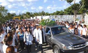 Abschied von in Ecuador umgekommenen Arzt