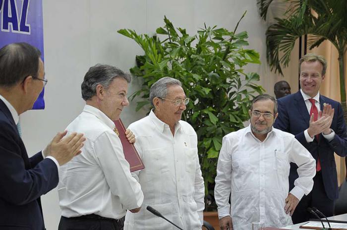 Raúl Castro, Friedensverhandlungen Kolumbien
