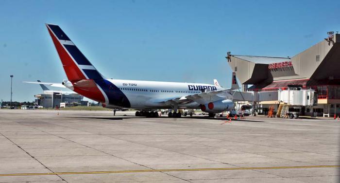 """Flughafen """"José Martí"""""""
