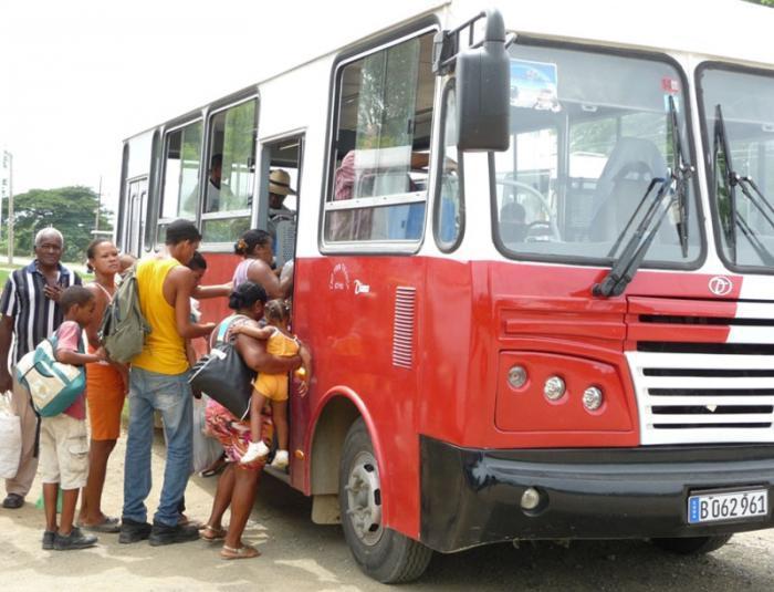 Tausende Kubaner evakuiert