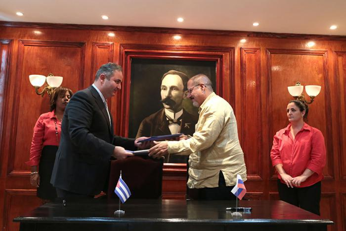 Russland und Kuba unterzeichnen Abkommen