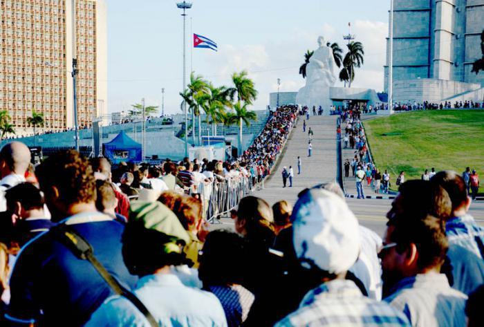 Kondolenz für Fidel Castro auf dem Platz der Revolution
