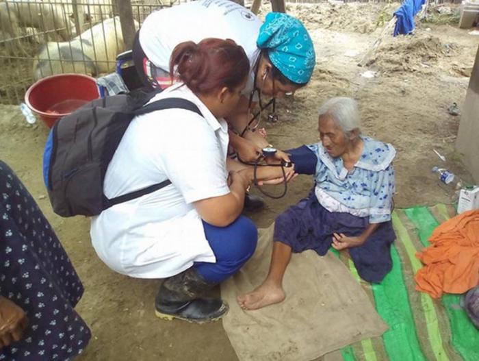 Kubanische Ärzte in Peru