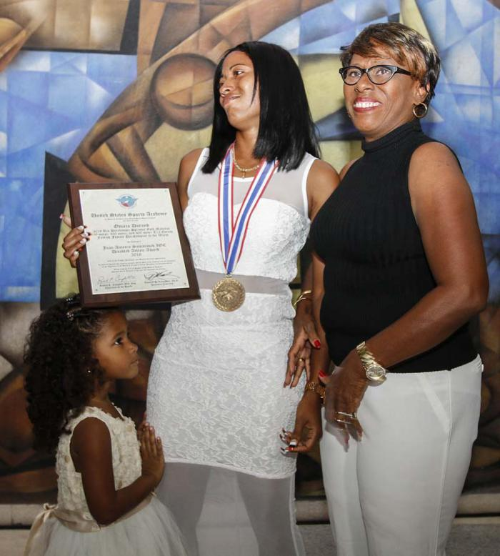Auszeichnung für Omara Durand