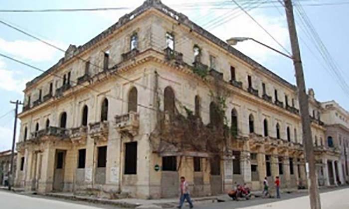 Wiederherstellung des Hotels Comercio in Villa Clara