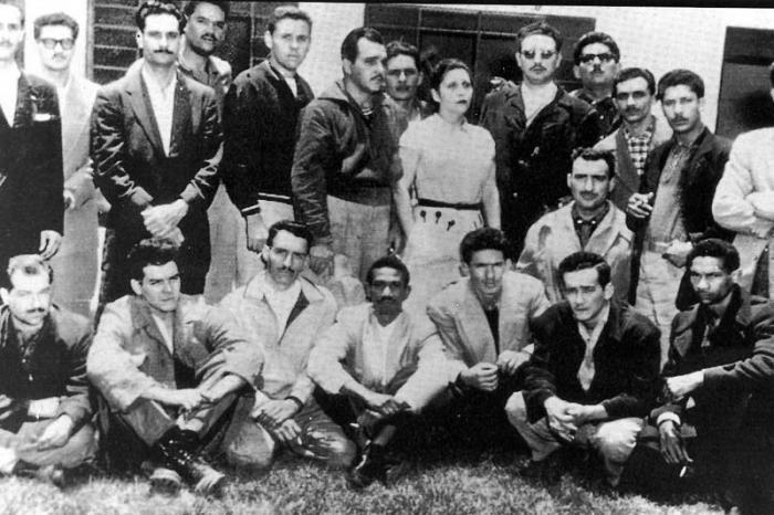 Fidel Castro und eine Gruppe von Revolutionären im mexikanischen Exil