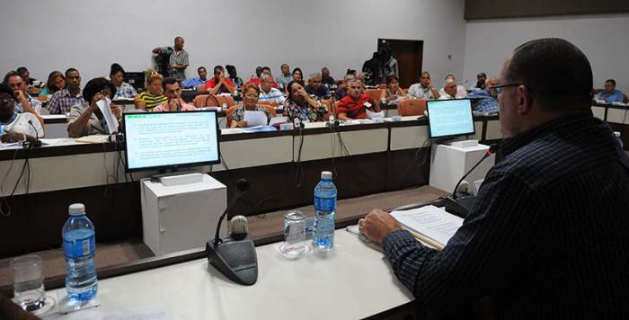 Nationalversammlung nimmt Arbeit in Kommissionen auf