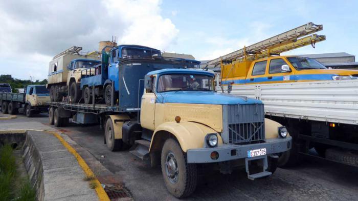 Elektriker aus Pinar del Rio auf dem Weg nach Havanna