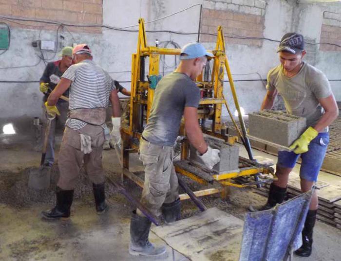 Produktion von Baumaterial