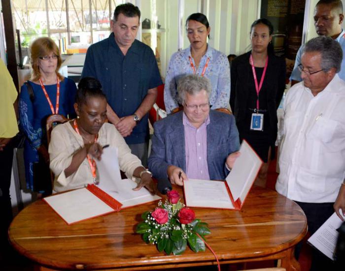 Abkommen über die Ausfuhr von Holzkohle