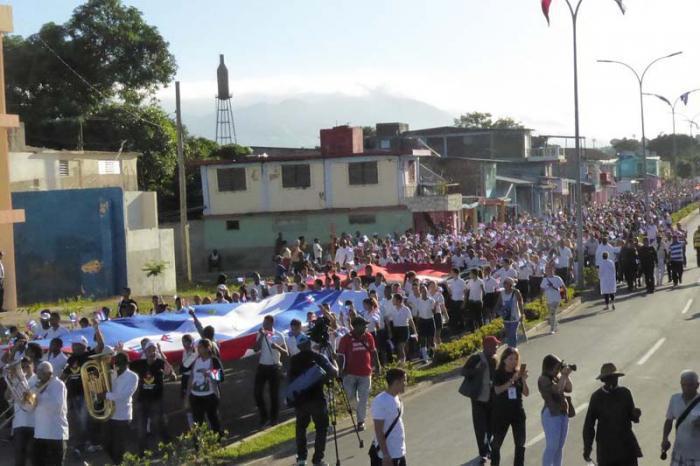 Einwohner Santiagos ehren Fidel
