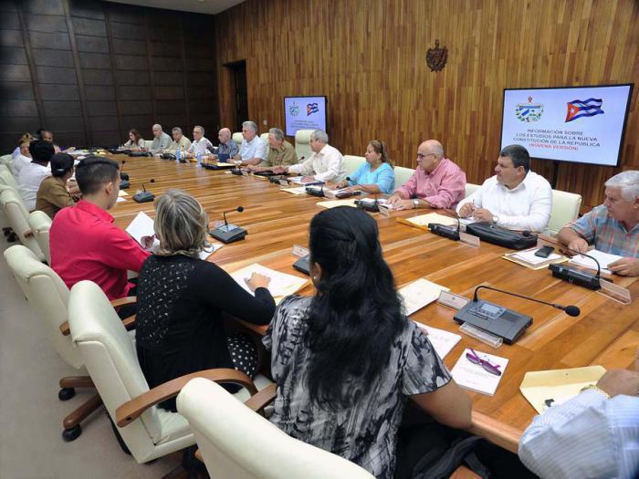 Ausschuss zur Ausarbeitung des Verfassungsentwurfs