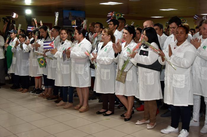 kubanische Ärzte zurück aus Brasilien