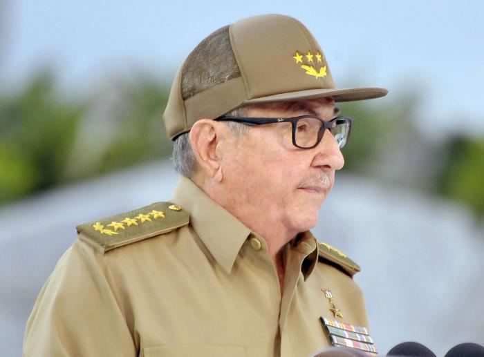 Raúl Castro bei seiner Ansprache in Santiago de Cuba