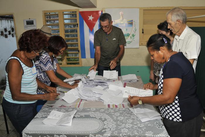 Kubaner stimmten über die Verfassung ab