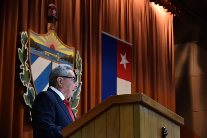 Raúl Castro bei der Sitzung der Nationalversammlung