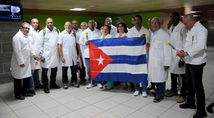 medizinische Brigade reist nach Angola