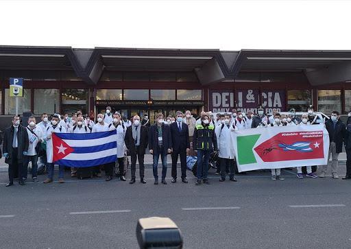 Kubanische Ärzte kommen nach Italien