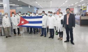 20 Fachkräfte des Gesundheitswesens in Honduras