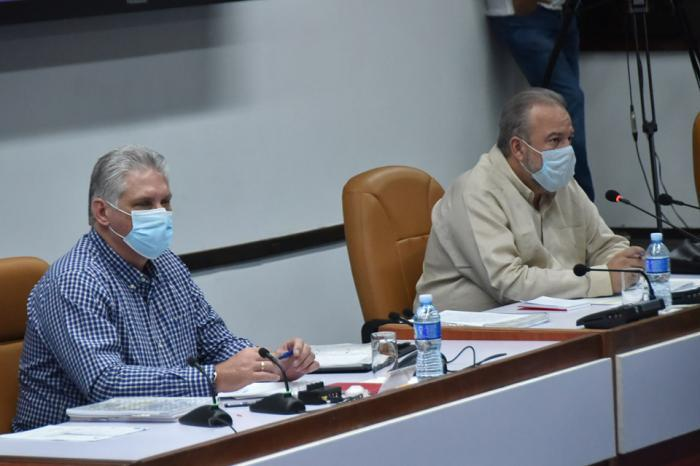 Dieaz-Canel in Kubas Ministerrat