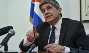 Pressekonferenz mit Carlos Fernandez de Cossio