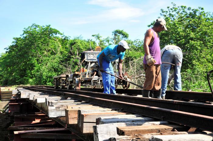 Gleisanlagen und Brücken