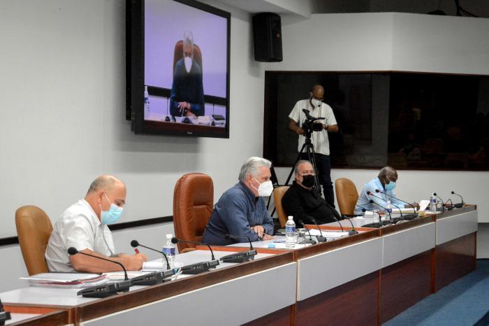 Videokonferenz mit den Gouverneuren der Provinzen